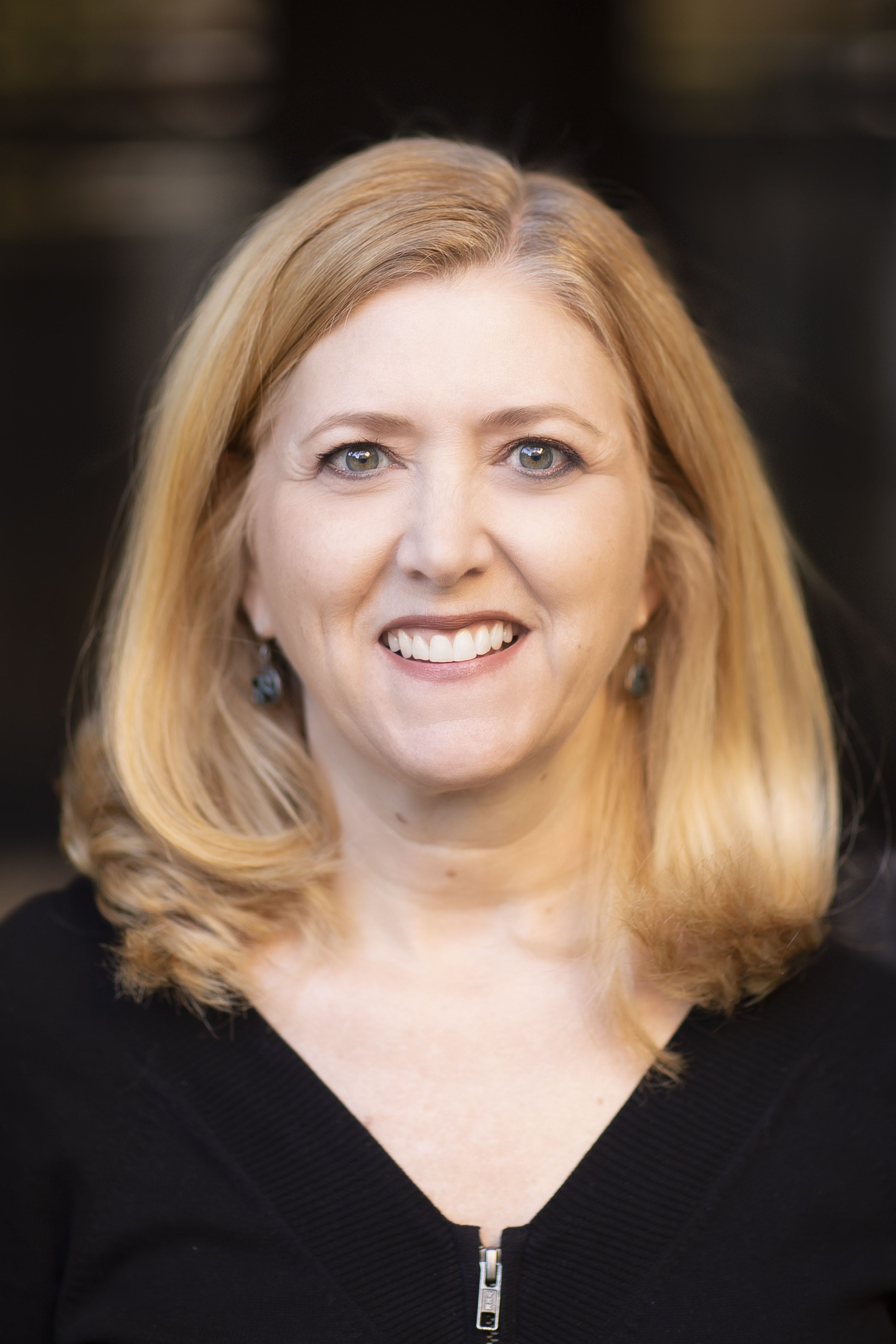Leslie Brommer